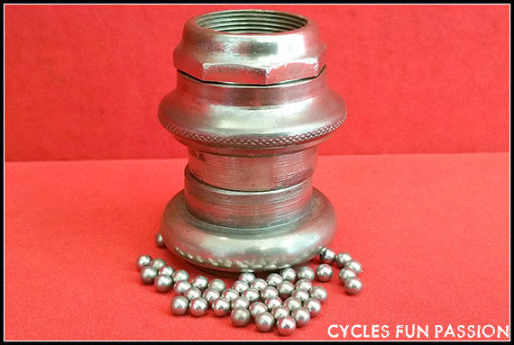 ANCIEN JEU DE DIRECTION VELO VINTAGE  HEADSET BICYCLE OLD BIKE